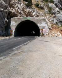 Püren Tüneli ve Püren Geçiti