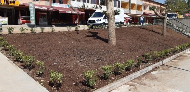 Aşağı İçmeler'de Meydan Düzenlenmesi Tamamlandı