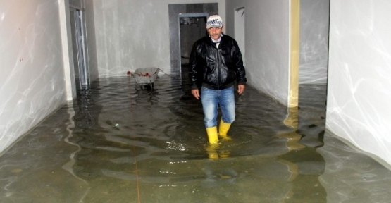 Bartın Ağız Ve Diş Sağlığı Hastanesi İnşaatını Su Bastı