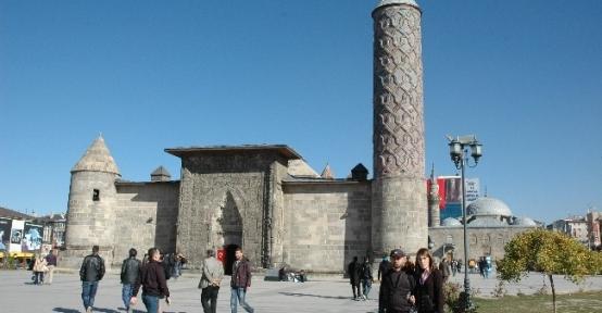 Erzurum'da Yazdan Kalma Günler