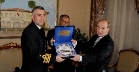 Gelibolu Firkateyn Komutanı Yüksel'den Vali Öztürk'e Ziyaret