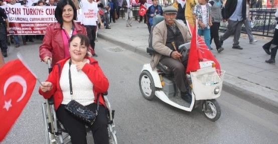 Kastamonu'da Cumhuriyet Yürüyüşü
