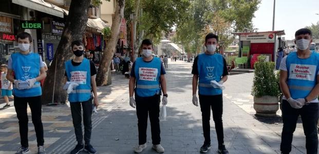 """Millî Eğitim Bakanı Ziya Selçuk'un """"OKULLARI BİRLİKTE AÇACAĞIZ""""   açıklamasına öğrencilerden destek geldi."""