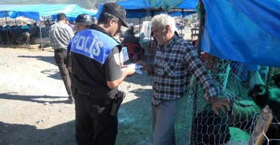 Osmaniye'de Polis Vatandaşları Bilgilendirdi