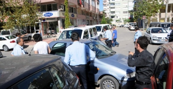 Polis Otosu Kaza Yaptı: 1 Yaralı