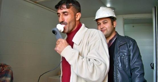 Salihli'de  İnşaat İşçileri Sağlık Taramasından Geçti