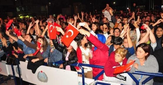 Serdar Ortaç Konseri Yarıda Bıraktı