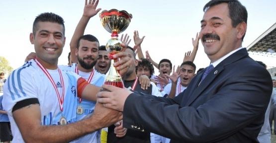 Tarsus'ta Cumhuriyet Kupası Futbol Turnuvası