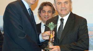Ak Partili Belediyelerin Projelerine Ödül