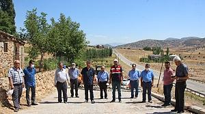 KMBB Nurhak'ta yol çalışmalarına devam ediyor