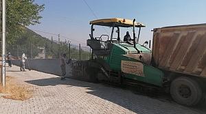 Yeşilyurt Mahallesine sıcak asfalt