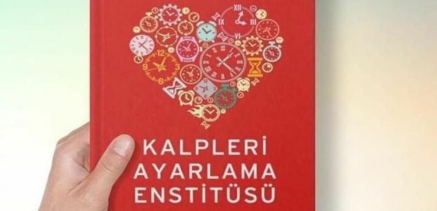 YazarTülüceveKahramanmaraş'lıProf. Dr.Alper'den'KalpleriAyarlamaEnstitüsü' kitabı