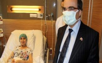 Lösemili Kız Başka Hastalar İçin Validen Yardım İstedi